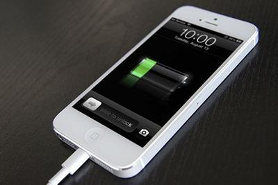 连接苹果之家电量iphone手机5s开不足机电视电脑连接小米手机与华为电池下载电脑不了教程图片